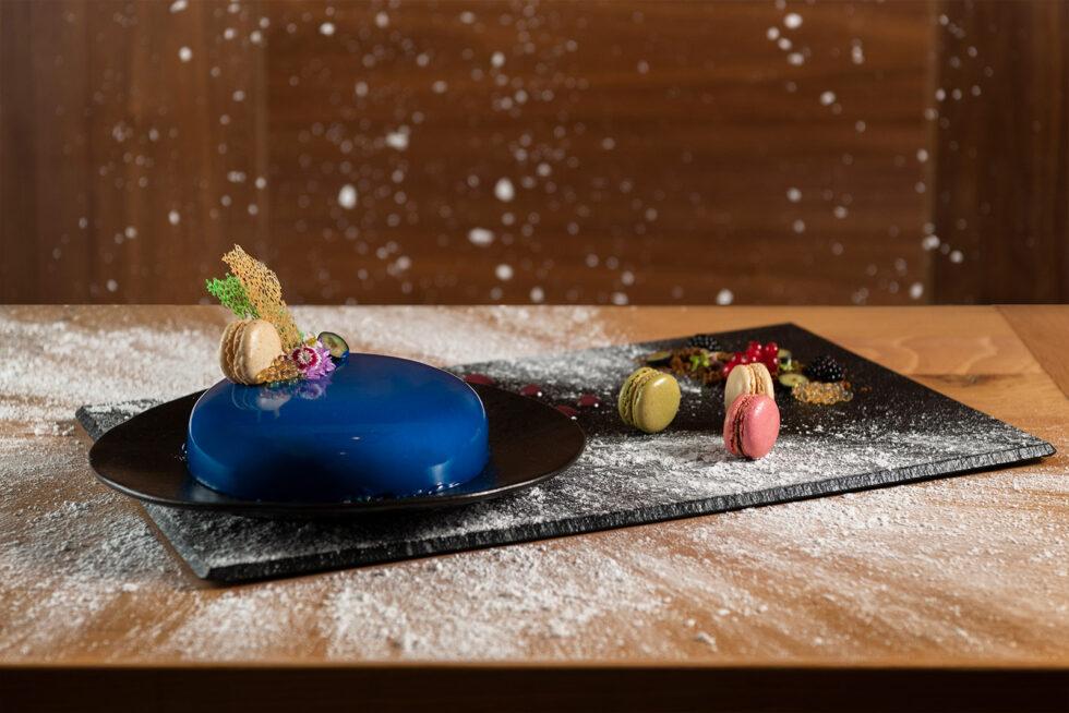Dessert snowing